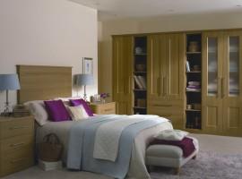 lissa oak bedroom