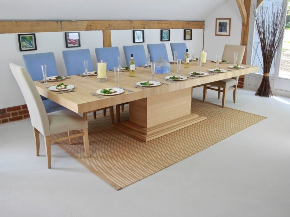 middleton extending table in solid oak
