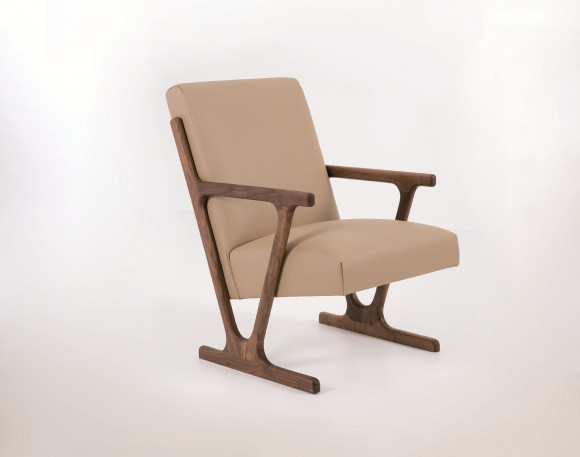 woody arm chair