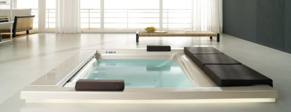 bathtub seaside