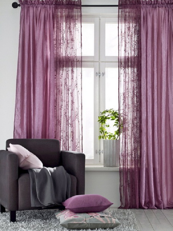 Same color and different tones: The first idea for curtain choice is dealing with two sets of curtains with different tones but essentially the same color. : same-curtains-in-every-room - designwebi.com
