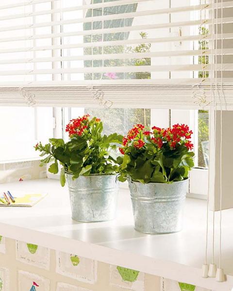 decorating window sill