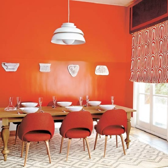 Adding Collage Of Colors In The Modern Dining Interior