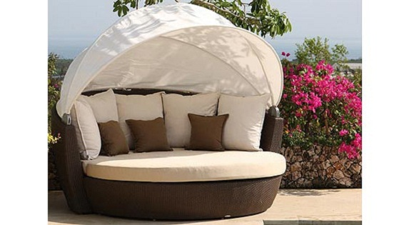 Sentosa Daybed Sofa Is A Unique Piece Of Outdoor Furniture That Comes With  A Canopy For Sun Protection And Designed For Extreme Rough Performance.