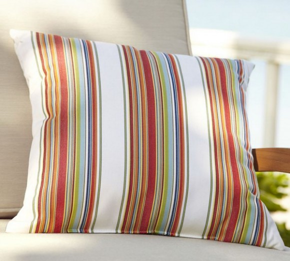 summer pillows : multicolor stripes