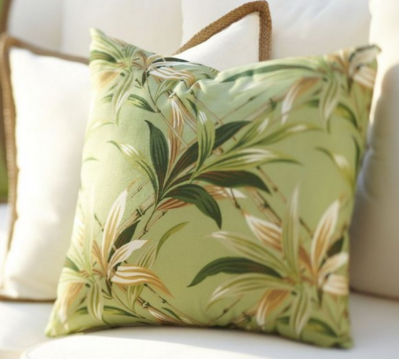 summer pillows : the beauty of flowers