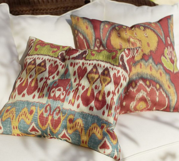 Quick Ways To Choose Cushion Covers For The Summer