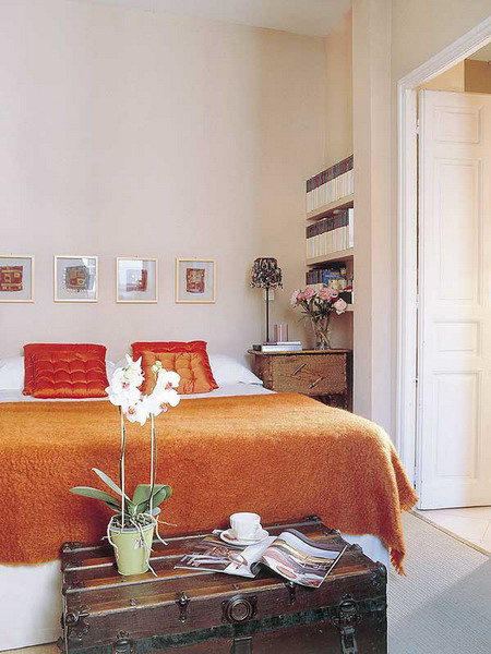 orange and terracotta colors in bedroom