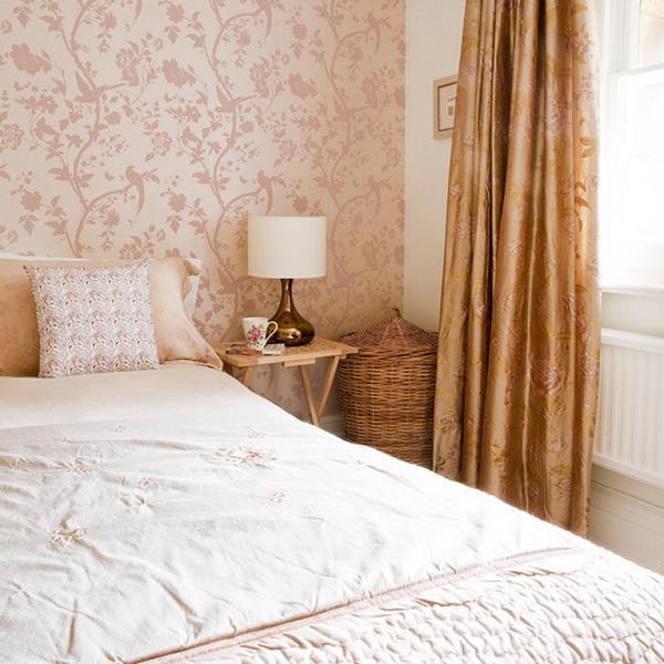Light Pink Black And White Bedroom Art Studio Bedroom Designs Bedroom Zebra Decorating Ideas Black Bedroom Decor: Decorating The Solo Wall Of The Bedroom