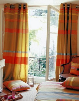 curtain trend geometry