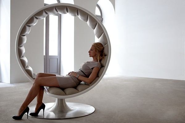 Matchless Intimacy With The Hug Chair Interior Design