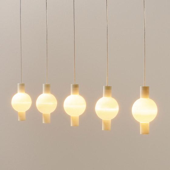 trou pendant light