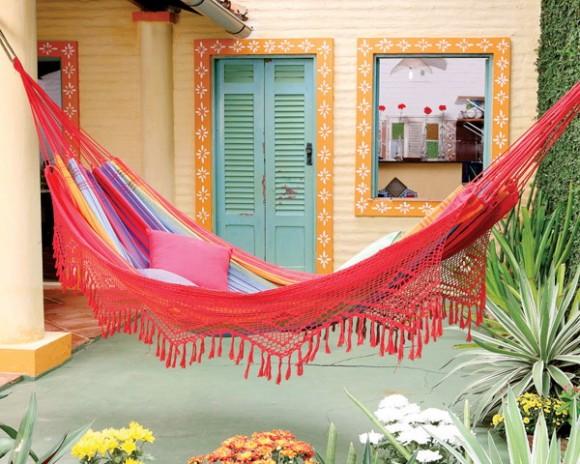 bright and loud hammocks 01