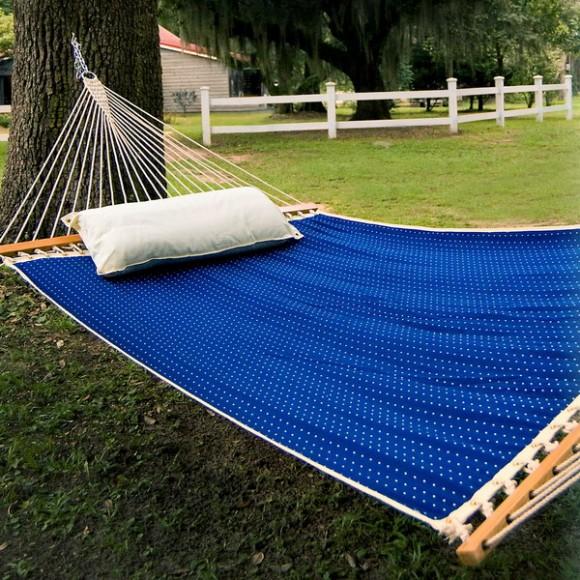 bright and loud hammocks 02