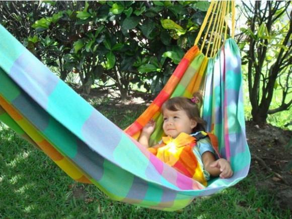 bright and loud hammocks 03