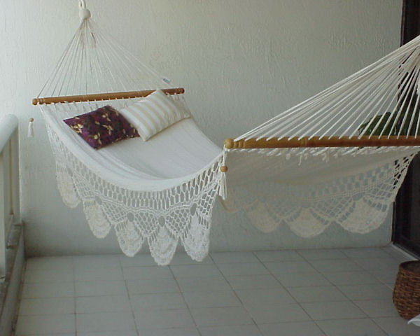 How To Get Hammocks For The Modern Home Interior Design