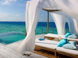 dusit thani resort maldives 10