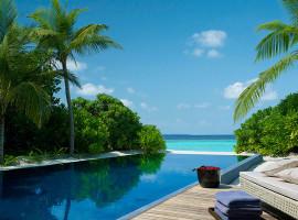 dusit thani resort maldives 14