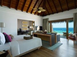 dusit thani resort maldives 22