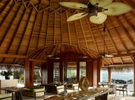 dusit thani resort maldives 27