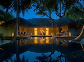 dusit thani resort maldives 29