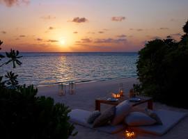dusit thani resort maldives 31