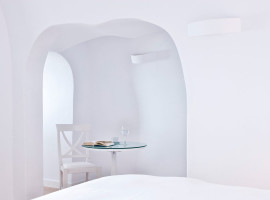 katikies hotels in oia 25