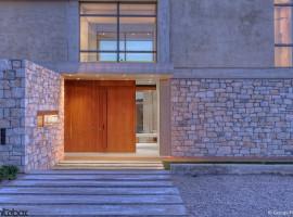 stone house in anavissos 31