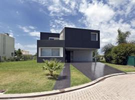 casa miraflores 01