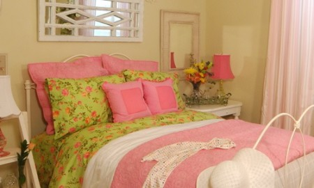 Cute bedroom ideas for couples small bedroom design for Cute bedroom ideas for couples