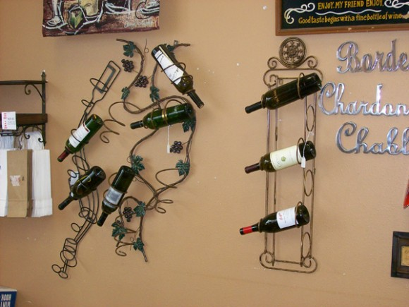 hanging storage for wine 01