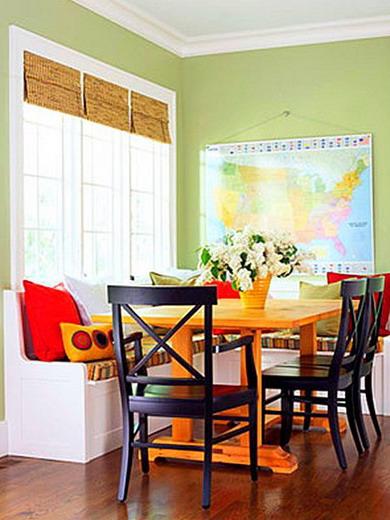 kitchen banquette near window 02