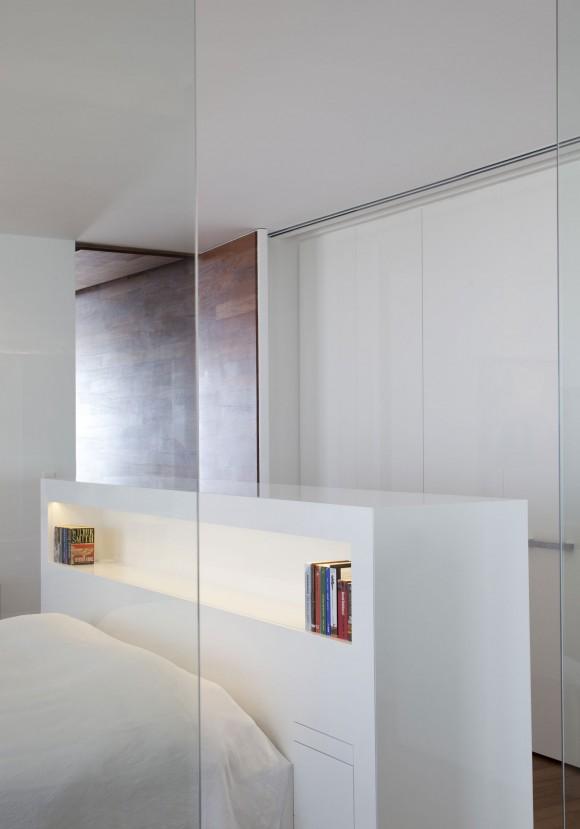 R1T apartment 13