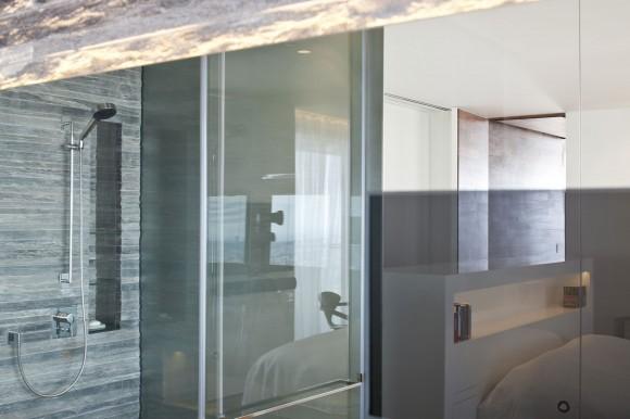 R1T apartment 14