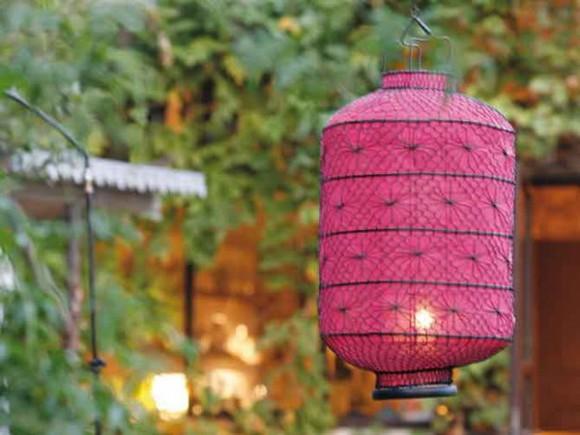 bright garden ideas 10