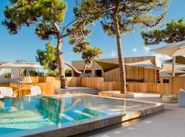 casadelmar hotel 18