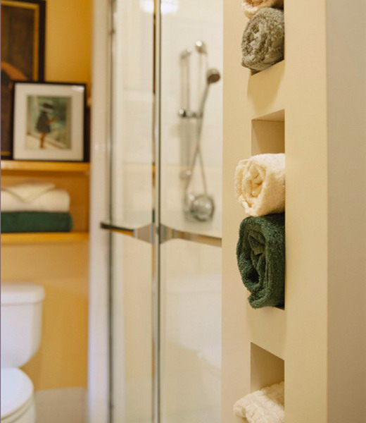 How to store towels in the bathroom in compact manner for Towel storage for bathroom ideas