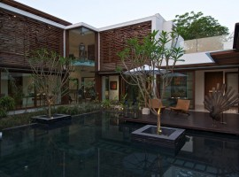 courtyard house 02