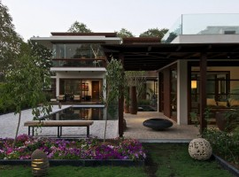 courtyard house 04