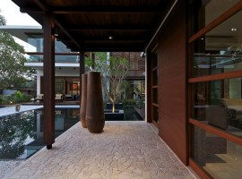 courtyard house 06
