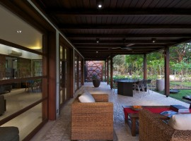 courtyard house 11