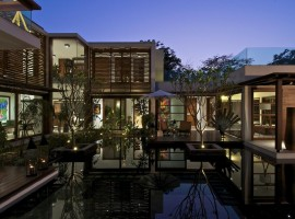 courtyard house 37