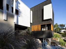 stonehawke modern house 04