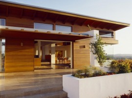 the hilltop house 01