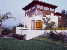 the hilltop house 06
