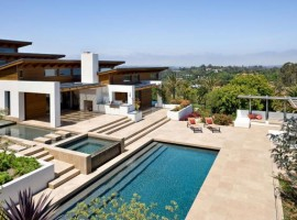 the hilltop house 30
