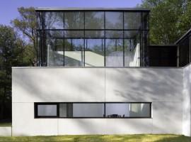 black white residence 08