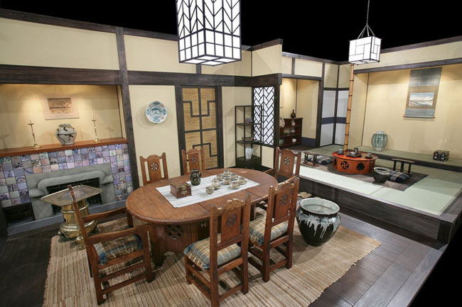 Samurai style for the modern home more ideas for for Asian themed dining room ideas