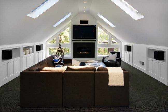 Nifty ideas for the attic living room for Attic living room decorating ideas