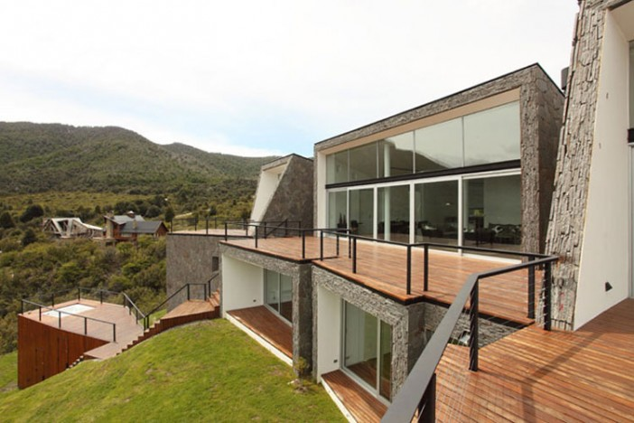 huge modern home in the mountains